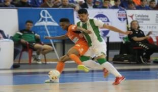 ba677bbb5 El Córdoba CF Futsal, pese a adelantarse en el marcador, cae en Vista  Alegre ante el Burela, virtual conjunto de la máxima categoría.